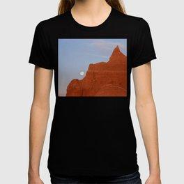 Full Moon Setting T-shirt