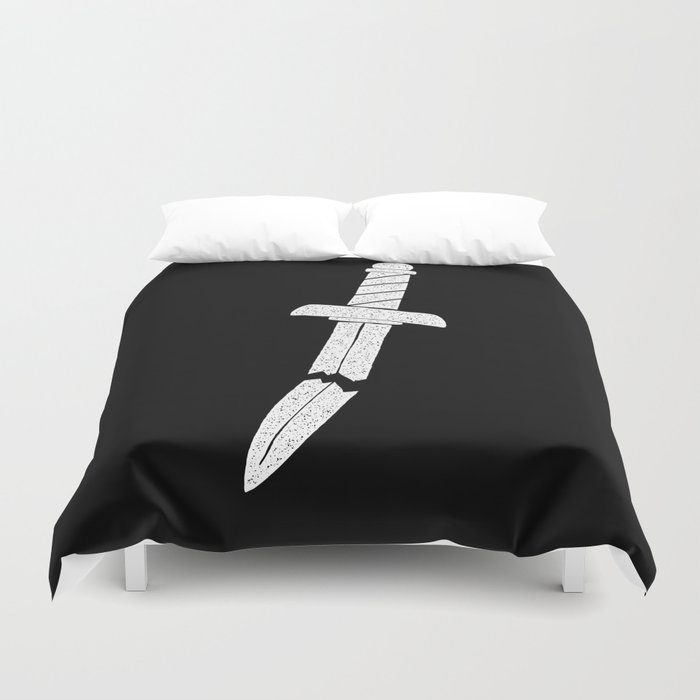 BROKEN DAGGER Duvet Cover