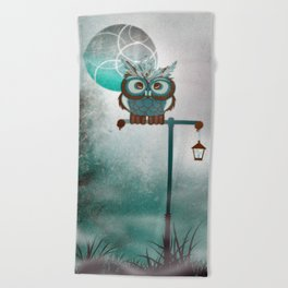 Fluffy Owl Beach Towel