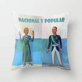 Evita y Juan Perón. Nacional y popular. Throw Pillow