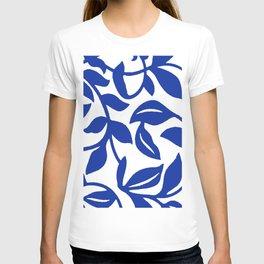 PALM LEAF VINE SWIRL BLUE AND WHITE PATTERN T-shirt