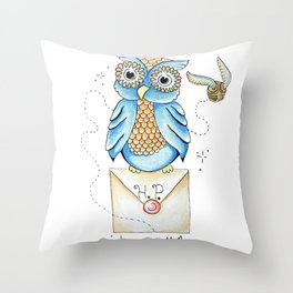 Harry Potter - Hedwig Owl and Golden Snitch Throw Pillow