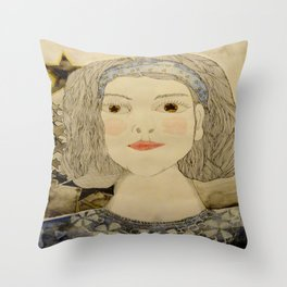 Imagen   interna de mi prima sofi Throw Pillow