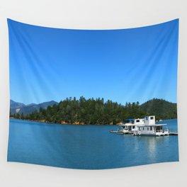 Houseboats On Lake Shasta Wall Tapestry