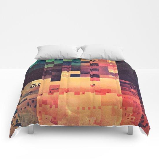 byt crysxx Comforters