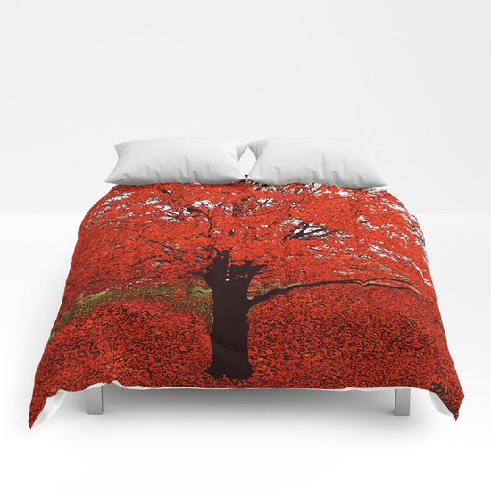 TREES RED Comforters