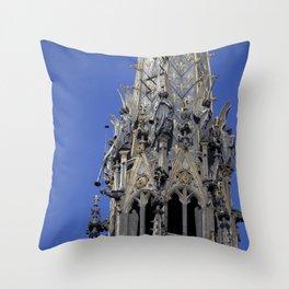 Musician angels of the Sainte-Chapelle, Paris Throw Pillow