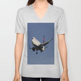 Delta Airlines Boeing 767-332 Unisex V-Neck