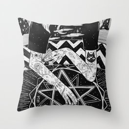il Sogno Throw Pillow