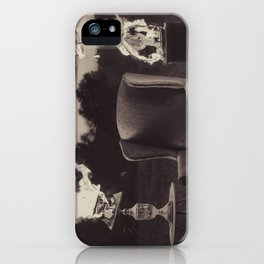 To Change iPhone Case