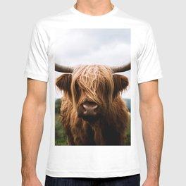 Scottish Highland Cattle in Scotland Portrait II T-shirt