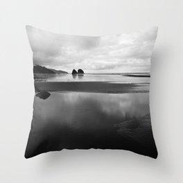 Stillness in Oregon Throw Pillow