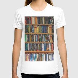 Bookshelf Books Library Bookworm Reading Pattern T-shirt