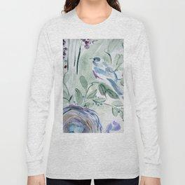 robin with nest Long Sleeve T-shirt