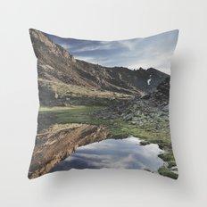 Dream Lake at the mountains. Retro Throw Pillow