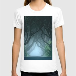 Cold foggy morning in Dark Hedges T-shirt