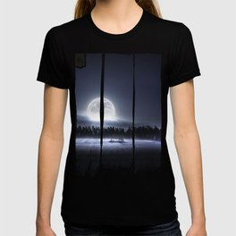 When the moon wakes up T-shirt