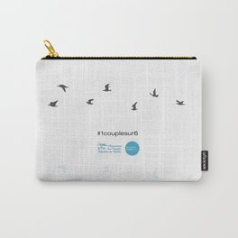 #1couplesur6 blanc Carry-All Pouch