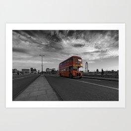 Bus 19 crosses Waterloo Bridge Art Print