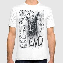 """Donnie Darko Frank The Rabbit """"28 Days...."""" T-shirt"""
