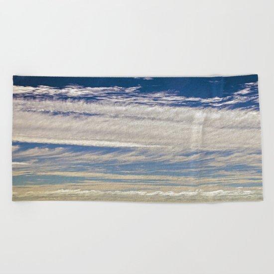 CLOUD CAPRICE Beach Towel