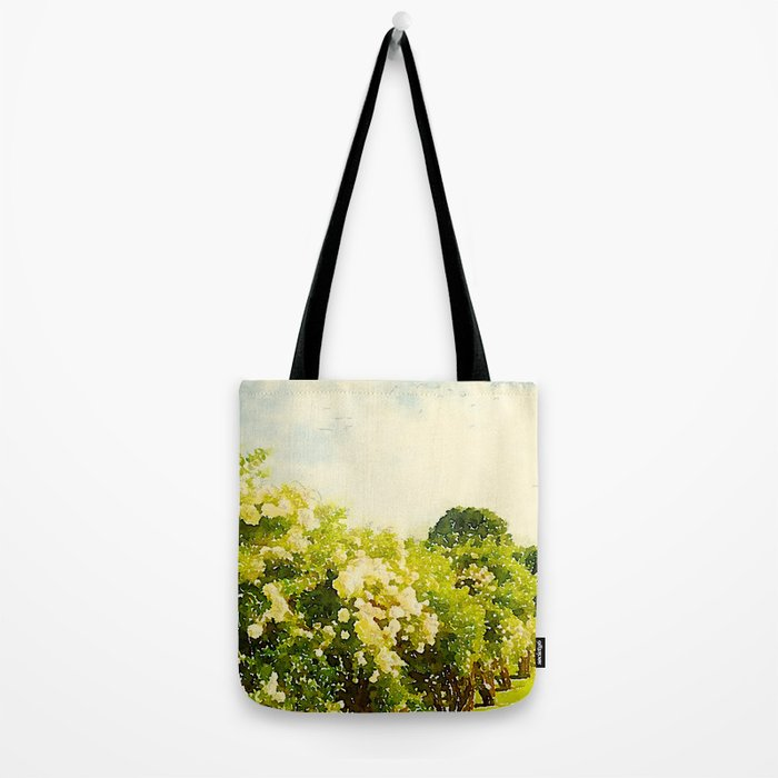 Hydrangea Bushes, Kennebunkport, Maine Tote Bag