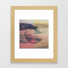 Cercles Framed Art Print