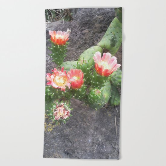 A cactus in its bloom Beach Towel