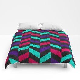 Geometric Mundo Comforters