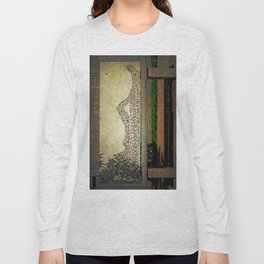 She's no longer with us Long Sleeve T-shirt