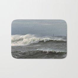 Big waves on the Back shore Bath Mat