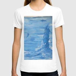 Baloon over windy ocean T-shirt