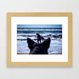 listen to the surf Framed Art Print