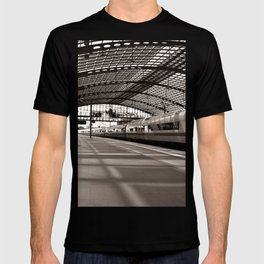 Train-Station of Berlin T-shirt