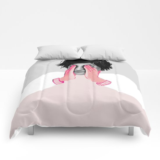 A Touch of Pink 02 Comforters