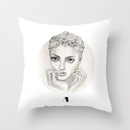 MY FAIR BRAIDY // CIRCLE Throw Pillow