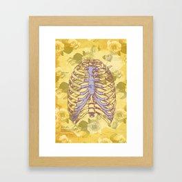 Os et des fleurs Framed Art Print