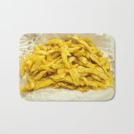 Chips Served in Paper Bath Mat