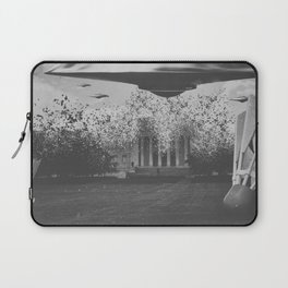 UFO Sightings- Nelson Atkins Museum Laptop Sleeve