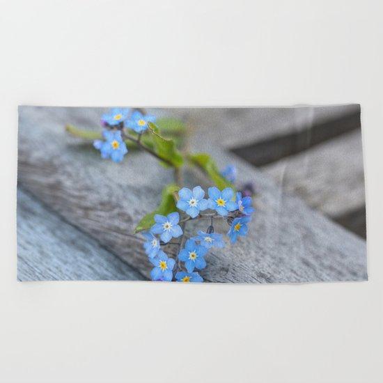 blue flower Fortget Me Not Beach Towel