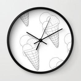 Eis essen Wall Clock