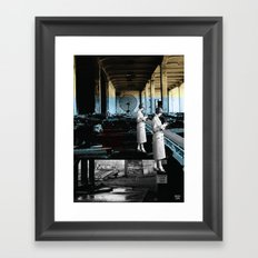 placing an objective far away from cover Framed Art Print