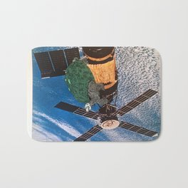 Turtle #5 (Satellite of Love) [Cecilia Lee] Bath Mat
