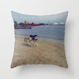 Husky Run Throw Pillow