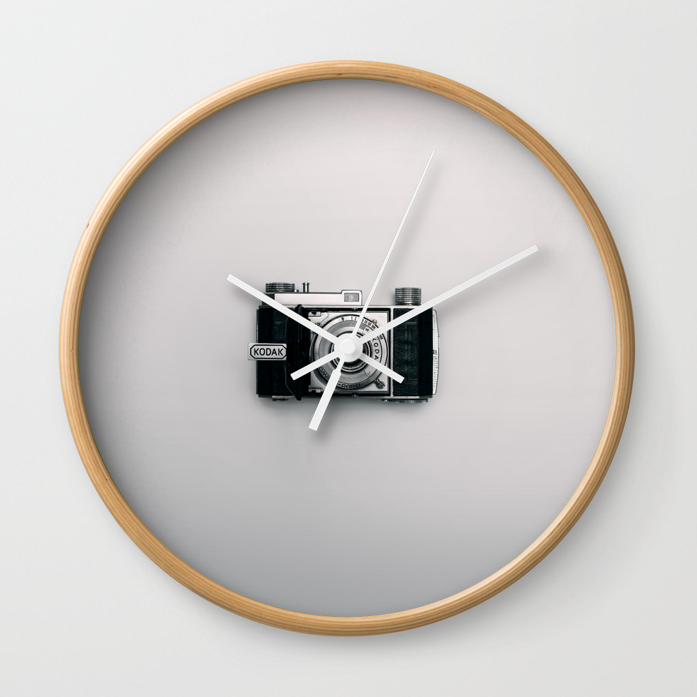 Old Camera Wall Clock by ricardogime
