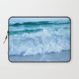 Ocean Pull Laptop Sleeve