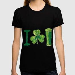 I Love Beer St. Patrick's Day Shamrocks Funny T-shirt