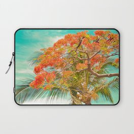 Summery Trees in Hawaii Laptop Sleeve