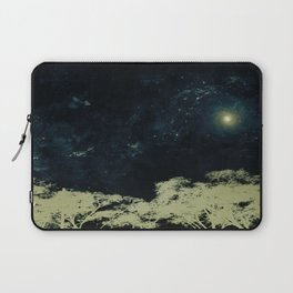 Your Dreams are so Quiet Laptop Sleeve