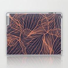 Red de Orquídea (on blue) Laptop & iPad Skin